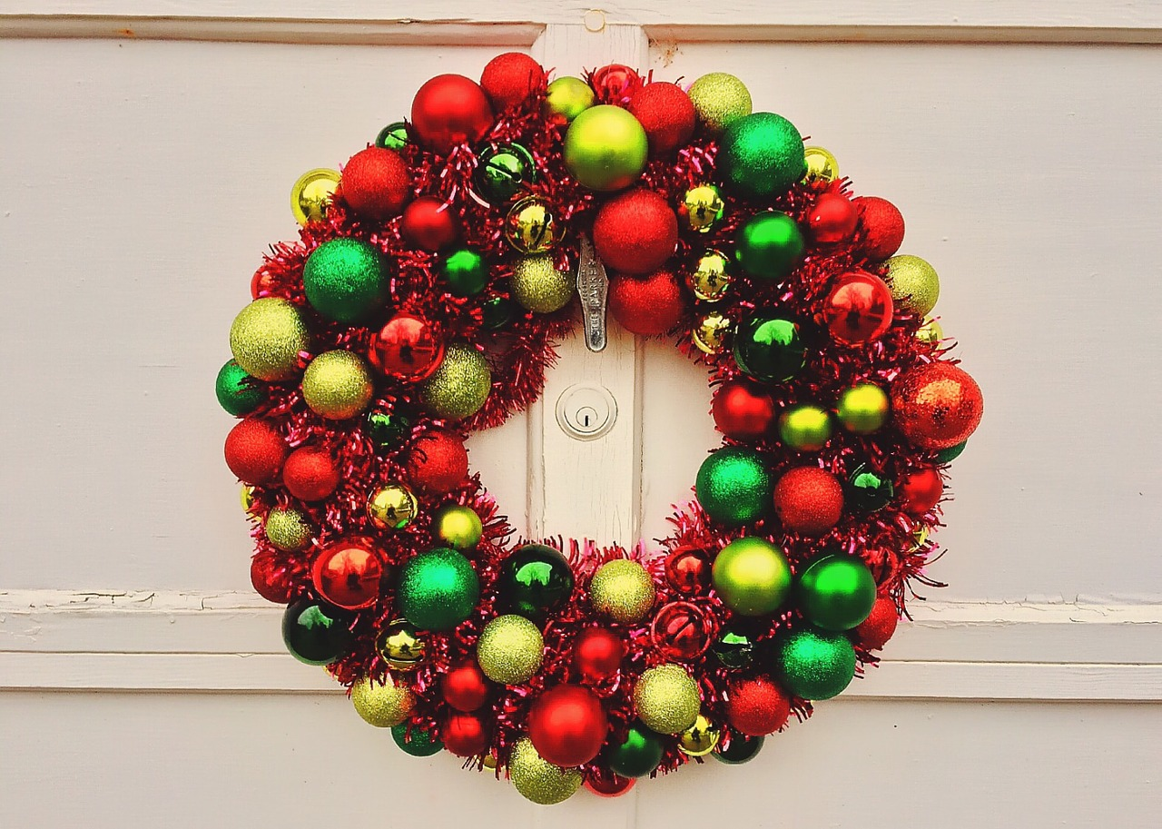 Incredibly Fun Christmas Decorations You Can Make With Recycled Materials This Year